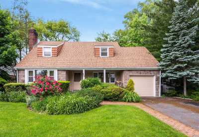 Rockville Centre Single Family Home For Sale: 439 Westminster Rd