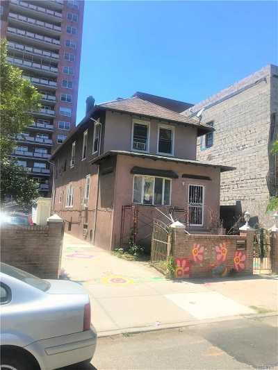 Brooklyn Single Family Home For Sale: 200 E 7 St