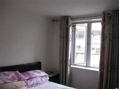 Flushing Condo/Townhouse For Sale: 43-12 Robinson St #2B