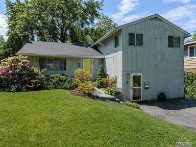 Port Washington Multi Family Home For Sale: 2 Cornwall Ln