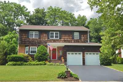 Port Washington Single Family Home For Sale: 83 Beacon Hill Rd