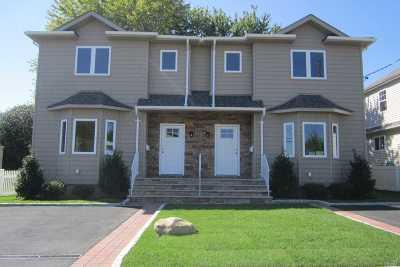 Port Washington Multi Family Home For Sale: 25 S Marwood Rd