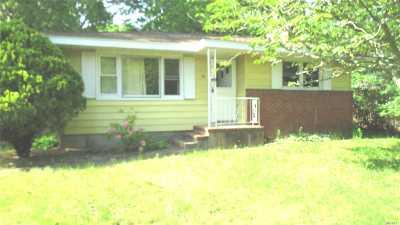 Hampton Bays Single Family Home For Sale: 47 School St