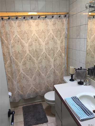 Bellmore Single Family Home For Sale: 5 Trezza Ct