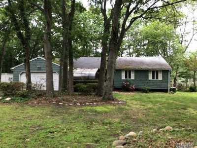 Port Jefferson NY Single Family Home For Sale: $349,900
