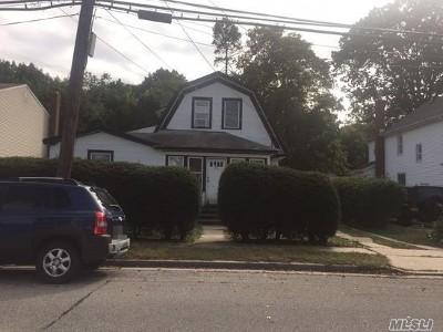 Baldwin Single Family Home For Sale: 980 Thomas Ave