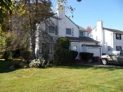 Woodmere Single Family Home For Sale: 363 Derby Ave
