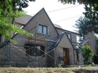 Douglaston Single Family Home For Sale: 240-17 Alameda