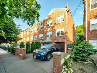 Astoria Multi Family Home For Sale: 22-45 47th St