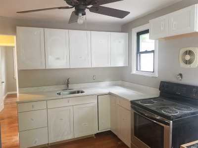 Wyandanch Single Family Home For Sale: 49 N 15th St