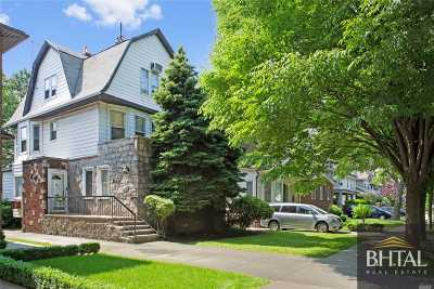 Brooklyn Single Family Home For Sale: 1090 E 17th St