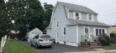 Bellmore Single Family Home For Sale: 7 Bedford Ct
