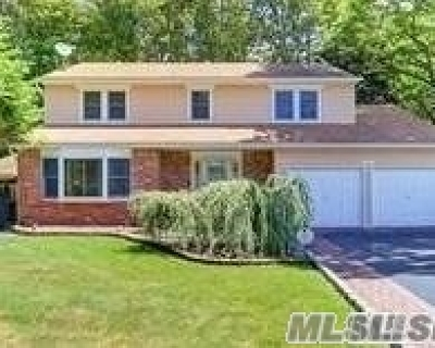 Smithtown Single Family Home For Sale: 4 Harding St