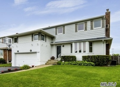 Seaford Single Family Home For Sale: 3877 Bayberry Ln