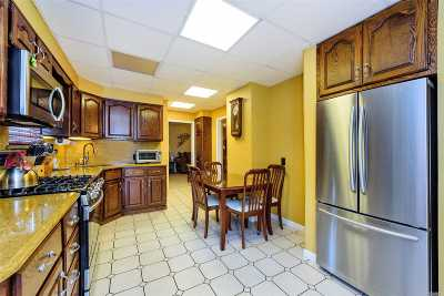 Bellmore Single Family Home For Sale: 2348 Centre Ave
