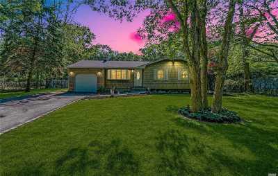 Medford Single Family Home For Sale: 282 Bridgeport Ave