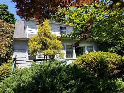 Brentwood Single Family Home For Sale: 3 Cleveland St