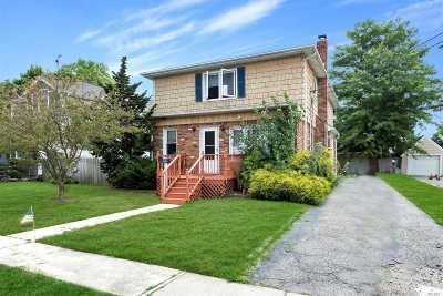 Farmingdale Multi Family Home For Sale: 55 Cedar Ave