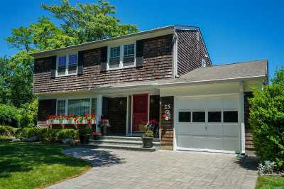 Port Jefferson Single Family Home For Sale: 25 Laurel Dr