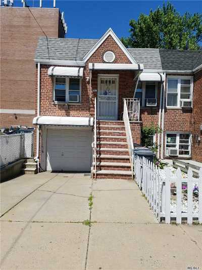 Fresh Meadows Single Family Home For Sale: 59-44 164th St