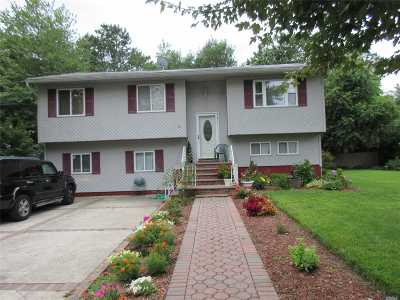 Brentwood Single Family Home For Sale: 142 Calebs Path