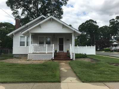 Single Family Home For Sale: 142 Or1849 Smith St