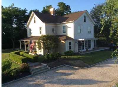 Calverton Single Family Home For Sale: 184 Twomey Ave