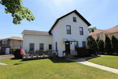 Baldwin Single Family Home For Sale: 830 Church St
