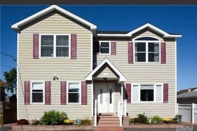 Bellmore Single Family Home For Sale: 130 Beach Ave
