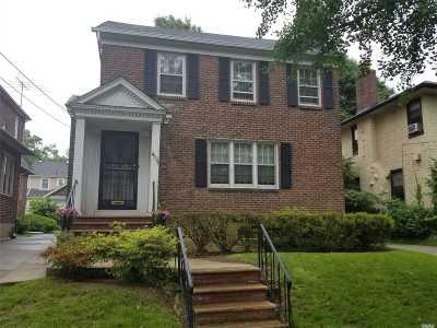 Flushing Single Family Home For Sale: 43-35 169 St
