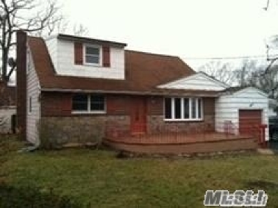 Huntington Sta NY Rental For Rent: $3,300