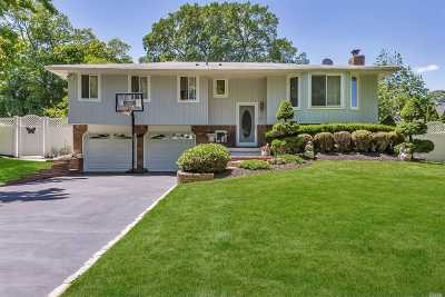 Greenlawn Single Family Home For Sale: 15 Frazer Dr