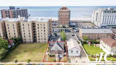 Lido Beach, Long Beach Single Family Home For Sale: 38 W Penn St