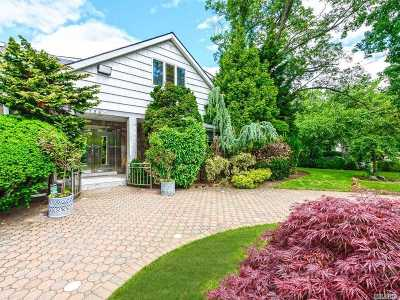 Woodmere Single Family Home For Sale: 736 Bryant St