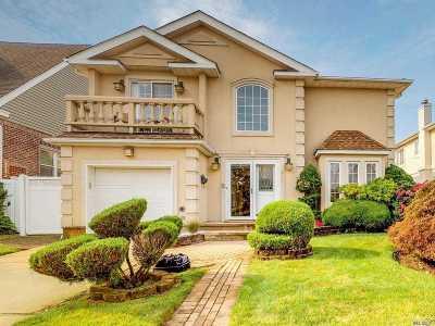 E Atlantic Beach, Lido Beach, Long Beach Single Family Home For Sale: 230 W Beech St