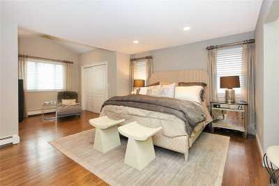Jericho Single Family Home For Sale: 23 Fall Ln