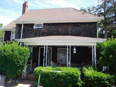 Jamesport Single Family Home For Sale: 14 6th St