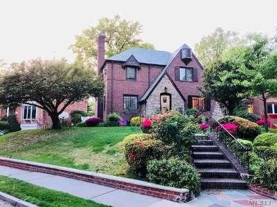 Jamaica Estates Single Family Home For Sale: 180-03 Tudor Rd