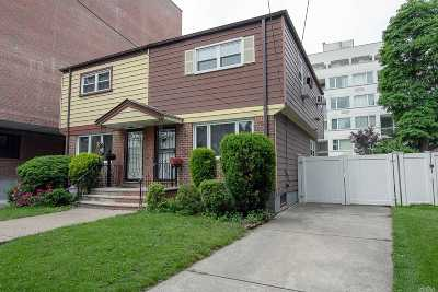 Fresh Meadows Single Family Home For Sale: 71-54 162nd St