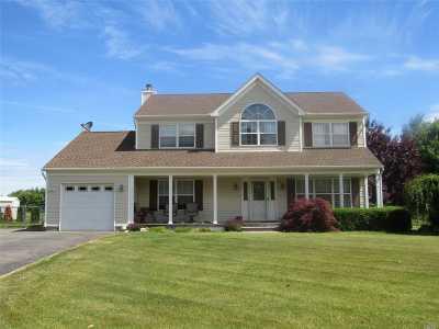 Calverton Single Family Home For Sale: 141 Southfield Rd