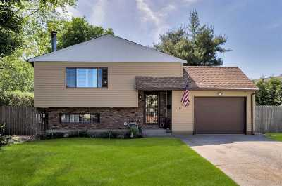 West Islip Single Family Home For Sale: 10 School St