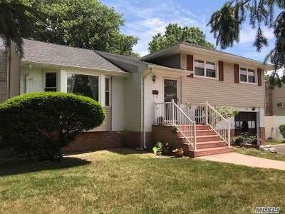 Deer Park Single Family Home For Sale: 121 W 12th St