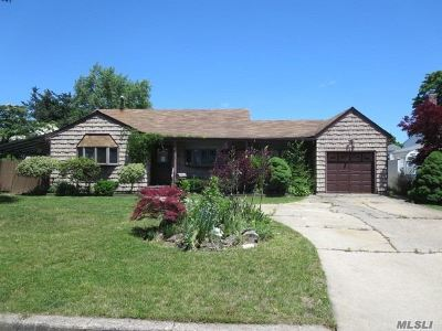 Deer Park Single Family Home For Sale: 233 E 2nd St
