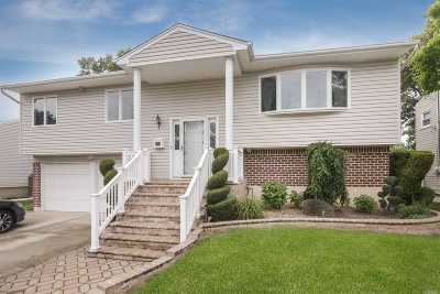N. Bellmore Single Family Home For Sale: 2773 Carley Ct