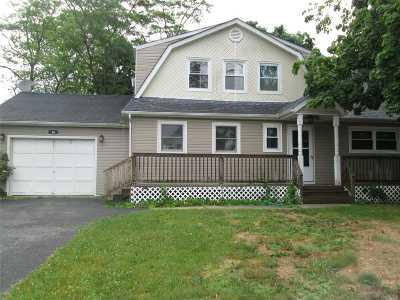 S. Setauket Single Family Home For Sale: 39 Oneida Ave
