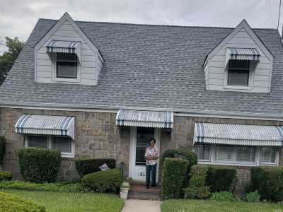 Carle Place, Westbury Single Family Home For Sale