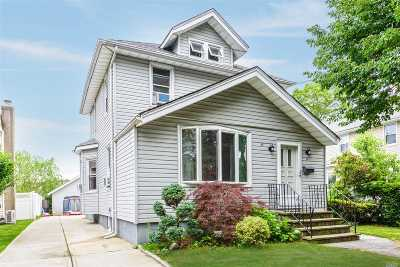 Bellmore Single Family Home For Sale: 119 Linden St