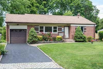 Huntington Single Family Home For Sale: 79 W 22nd St