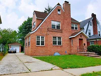 Flushing Single Family Home For Sale: 29-34 161st St