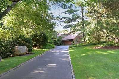 Locust Valley Single Family Home For Sale: 1 High Ridge Ln